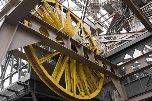 elevatorbob 39 s elevator pictures eiffel tower mechanical. Black Bedroom Furniture Sets. Home Design Ideas