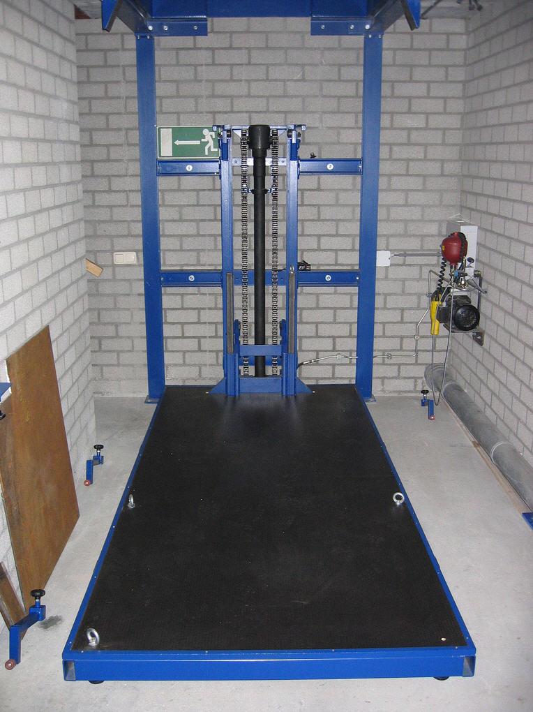 Elevatorbob 39 s elevator pictures elevators lifts for Diy home elevators